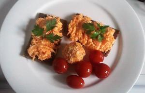 Käse-Karotten-Salat
